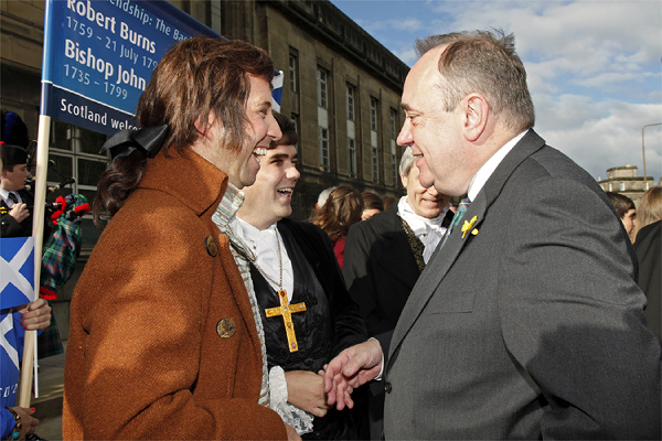 First Minister, Alex Salmond meets Robert Burns